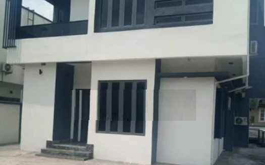 A fully detached house magodo