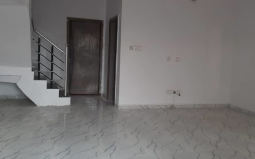 5bed room detach duplex 3